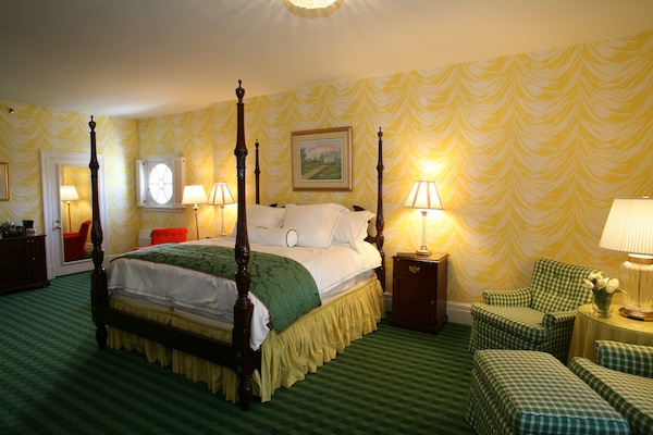 Greenbrier Suite 4